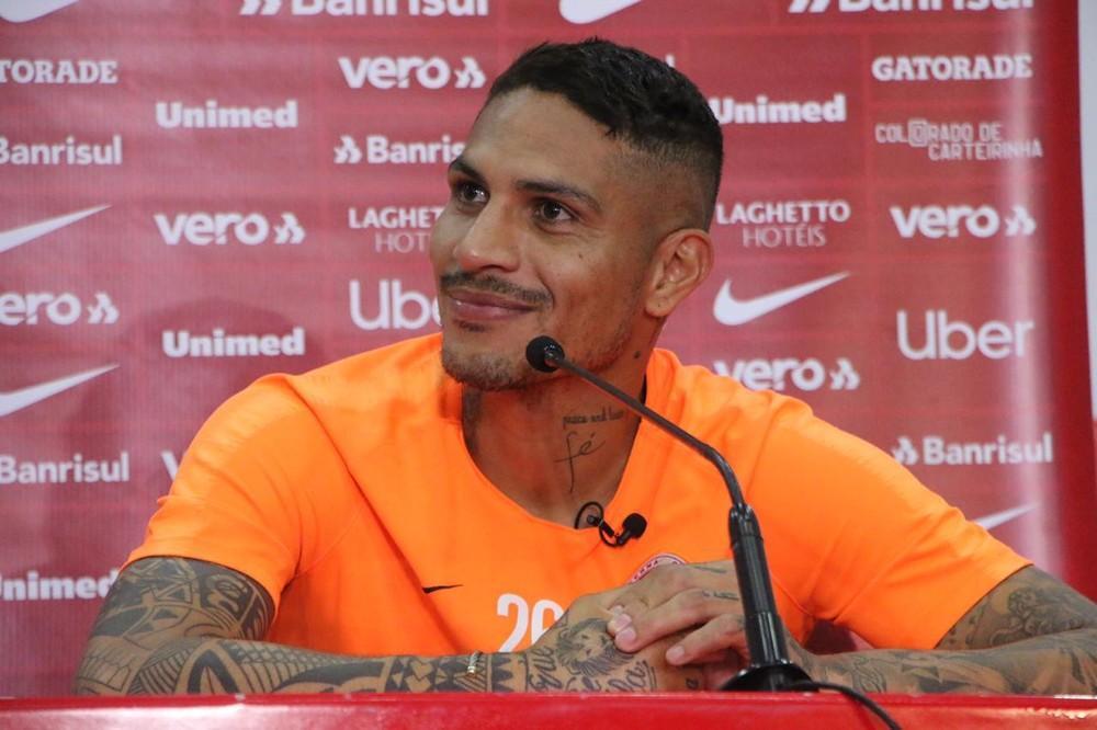 Guerrero agradece carinho e diz não acreditar em reencontro com Alianza: