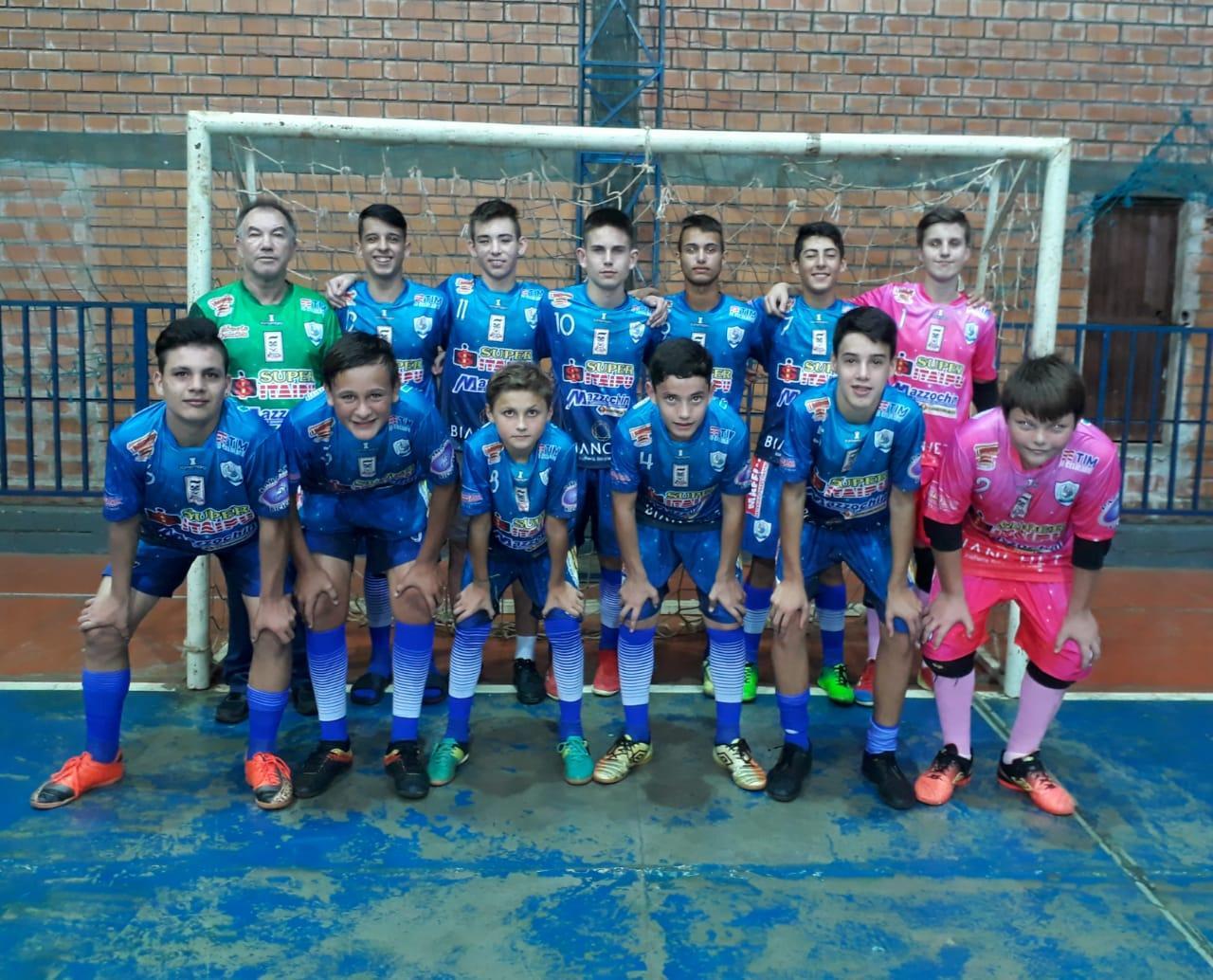 Futsal masculino de Santa Helena está entre as melhores da fase regional dos Jep's